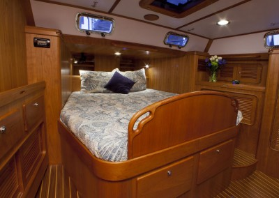 Passport Vista 545 CC Aft Berth with the Headboard Up