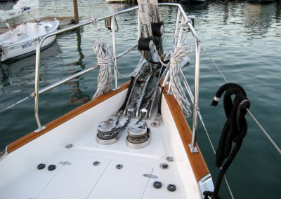Passport Vista 585TC & 615TC Bow - Foward Lazarette