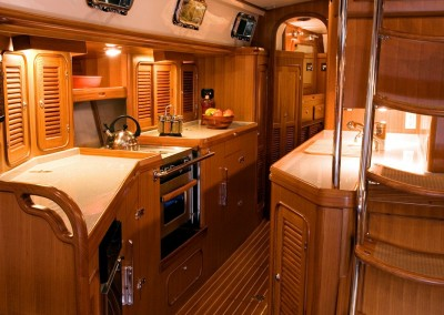Passport Vista 545 CC Galley