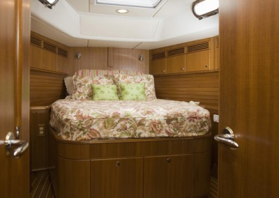 Passport Vista 585TC & 615TC Forward Master Stateroom